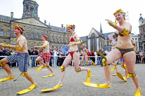Amsterdam: corsa delle pinne 1