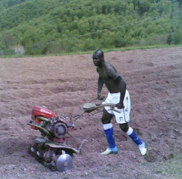 Balotelli agricoltore