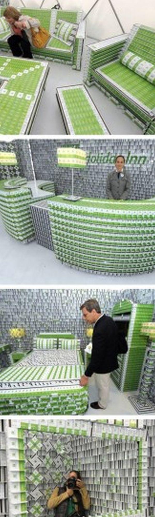 1. Карточные Ключи Здание было построено из 200,000 карточных ключей