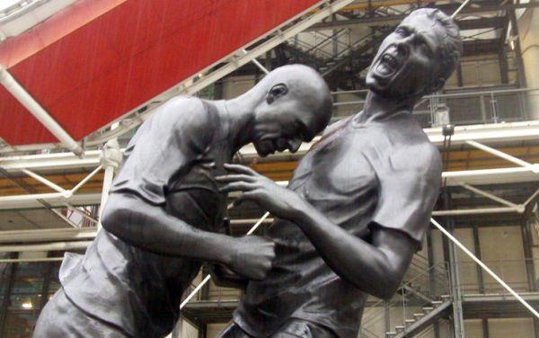 Statua testata Zidane 2