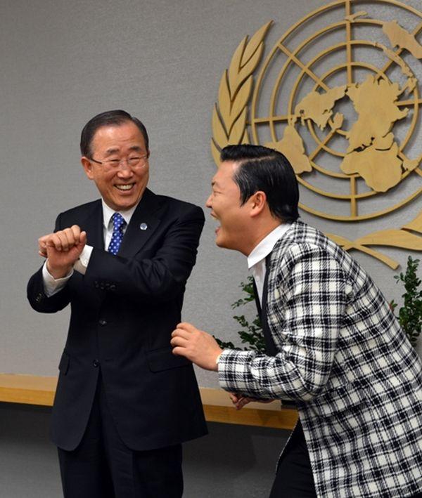 Ban Ki-Moon balla Gangnam Style 2
