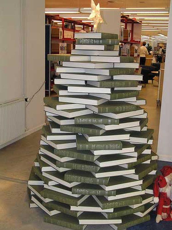 Albero di Natale di libri 2