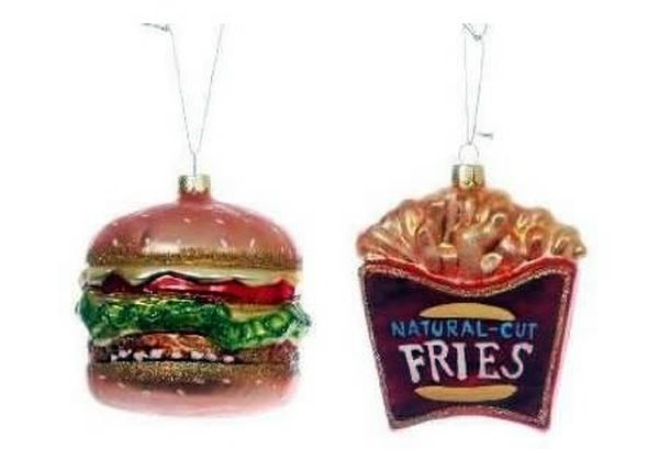 Palle di Natale hamburger e patatine