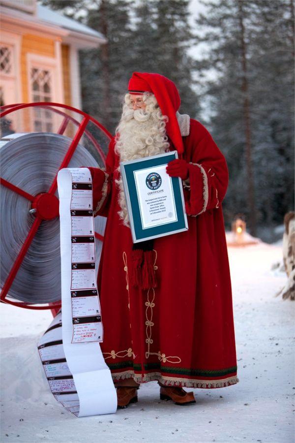Babbo Natale con la lista da record