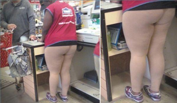 Cassiera con pantaloni color carne
