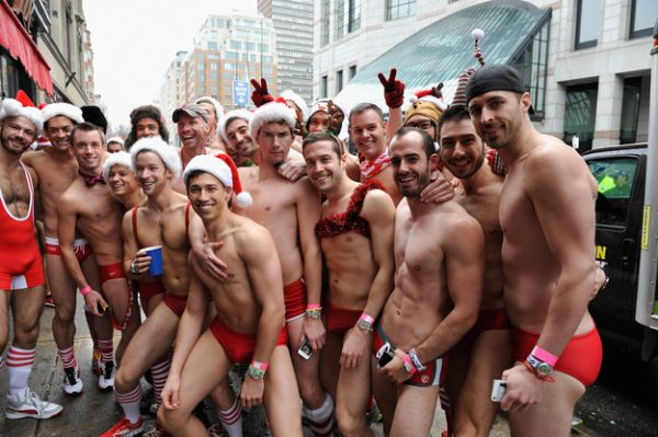 santa speedo run 2