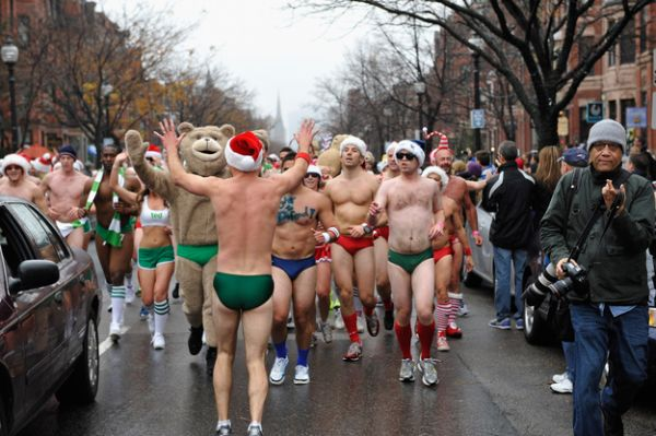 santa speedo run 3