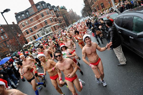 santa speedo run 5