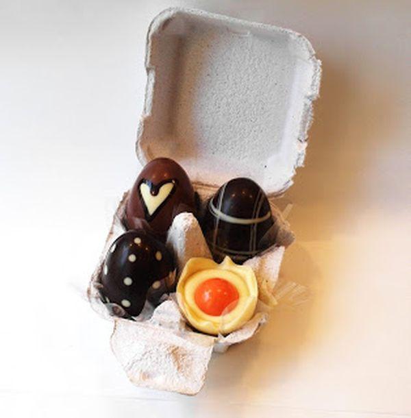 uova con imballaggio