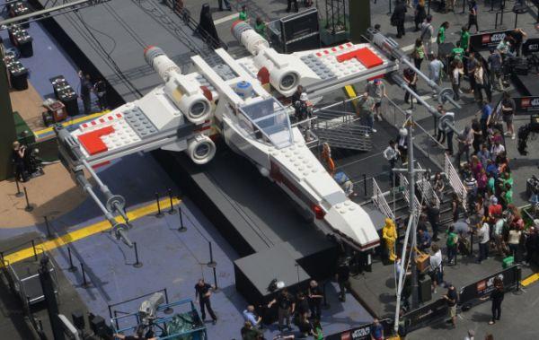 Lego X-Wing gigante 2