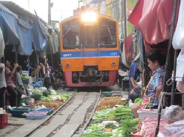 Mercato Mae Klong 5