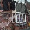 La casa di James Creighton decorata per Halloween