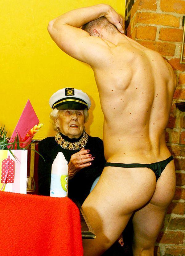 Doris Deahardie con spogliarellista 2