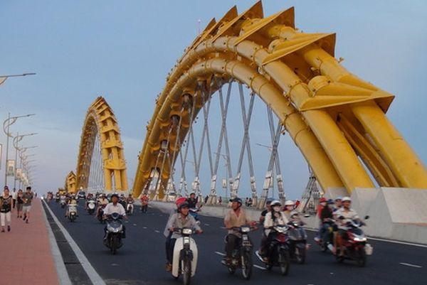 ponte-drago a Da Nang 3
