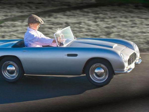 Aston Martin per bambini 1