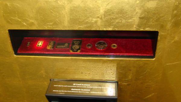 bancomat che eroga oro 2