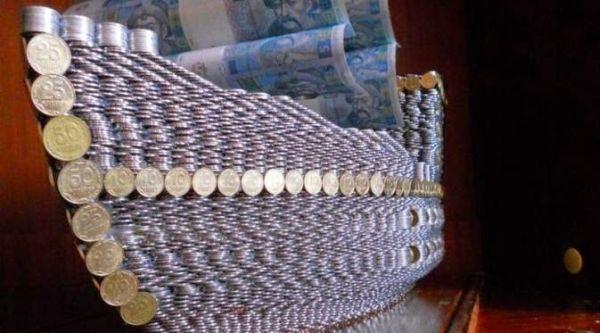 nave con monete 1