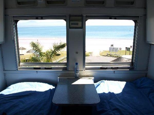 Santos Express Train Lodge: vista da finestrino