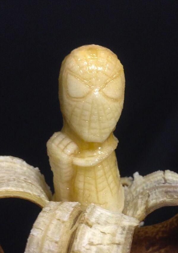 scultura-banana: Spider-Man