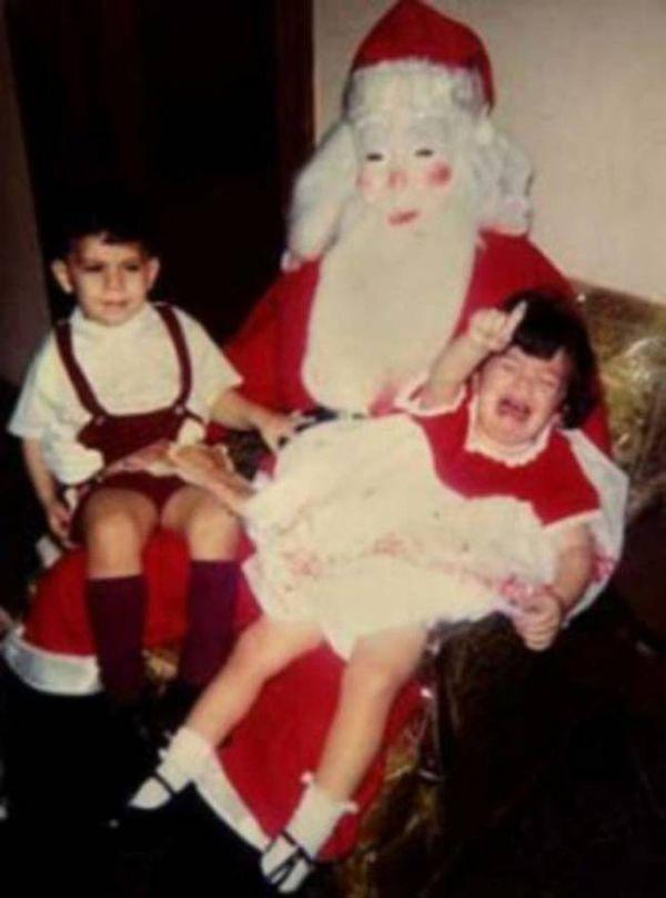 babbi natale inquietanti 4: bambina disperata